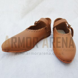 Female Shoes with Strap