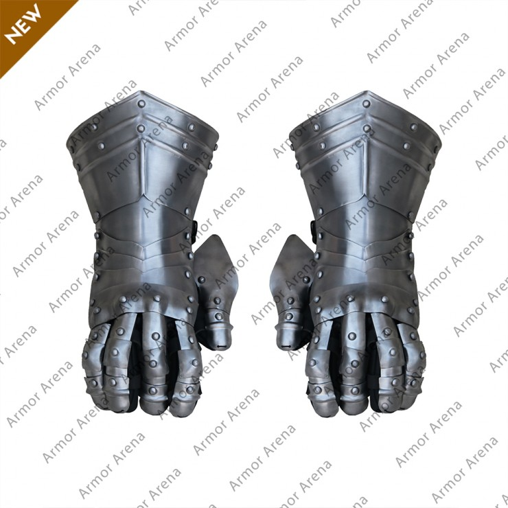 Gothic Style Gauntlets