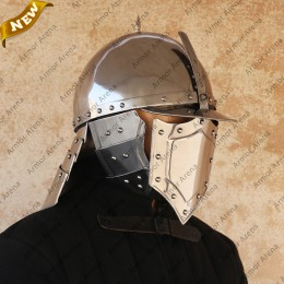 Lobster Tailed Pot Helmet