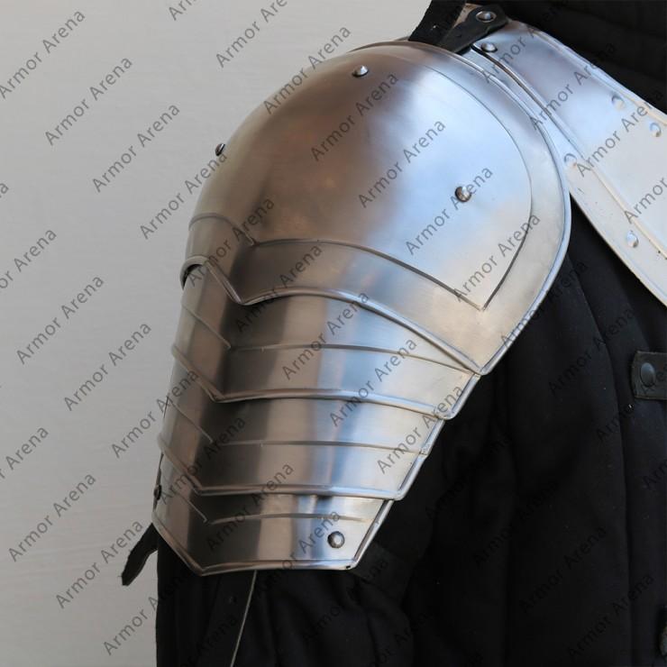 Knight Shoulders