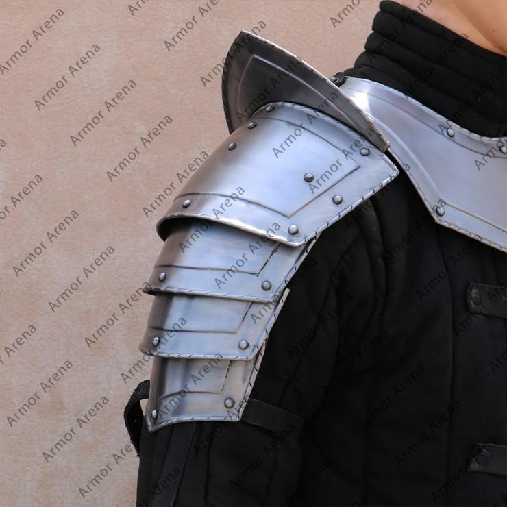 Renaissance Shoulders