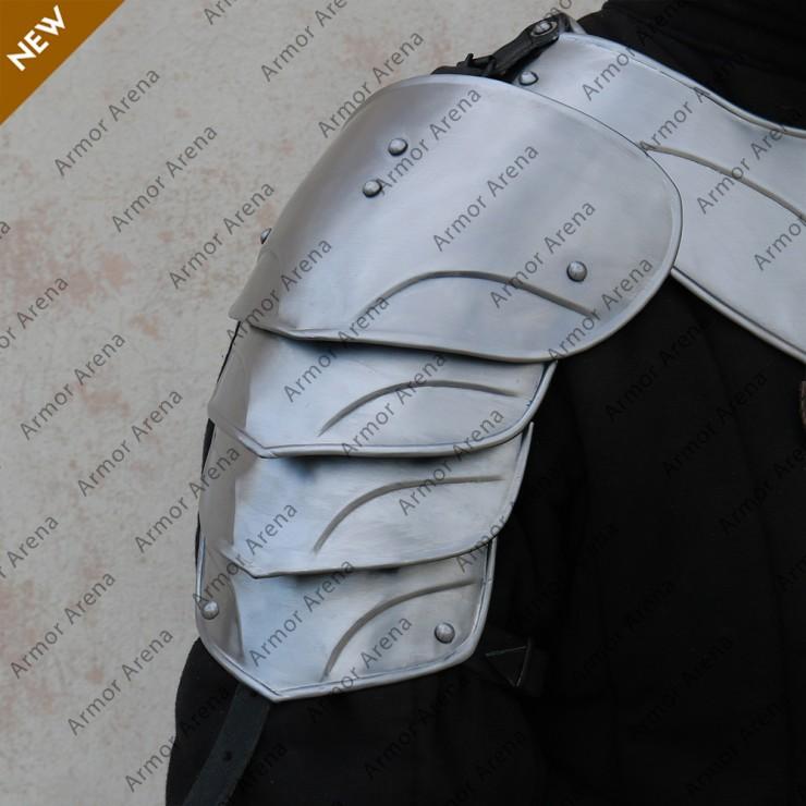 Monarch Shoulders