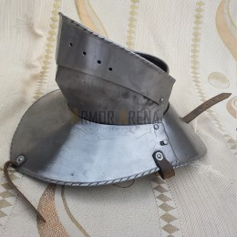 Articulated Gorget with Bevor (1480-1500)